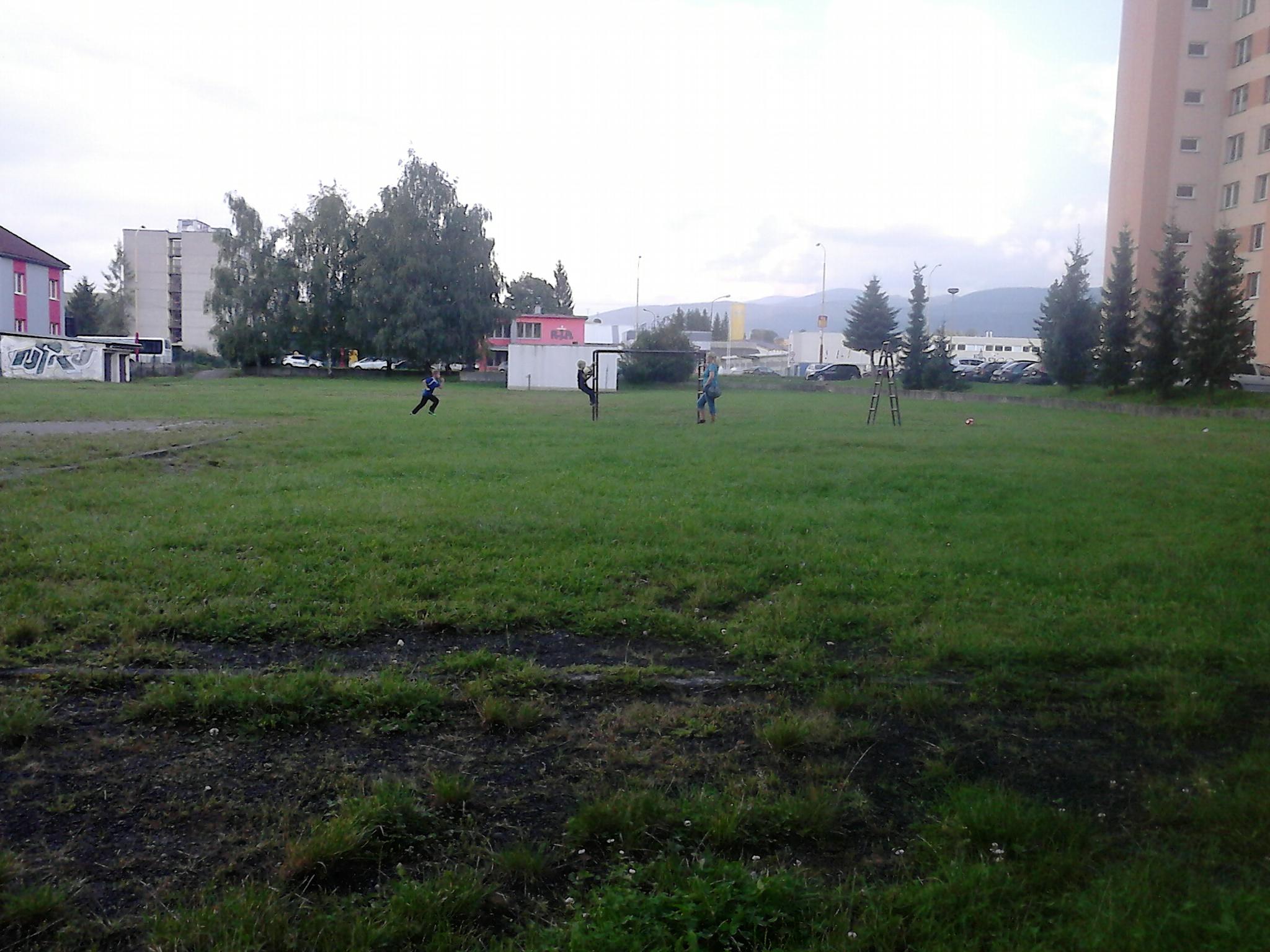 DSC_0036.jpg - Školské ihrisko - Bystrická cesta