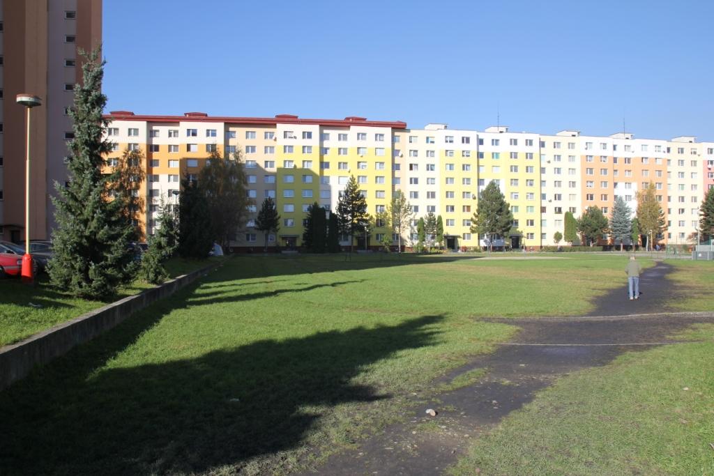 IMG_4819.JPG - Školské ihrisko - Bystrická cesta